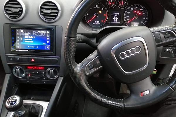 car tronics leicester custom radio install